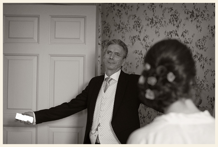 Wiltshire Wedding Photographer (11)
