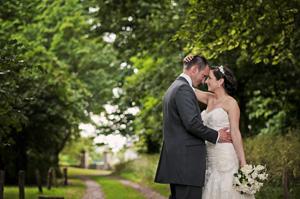 Laura & Mark – Hatherley Manor Hotel