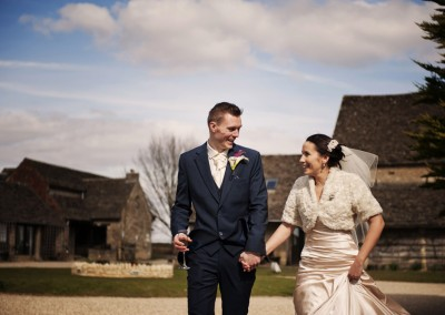 Carlie & Simon – Great Tythe Barn, Tetbury