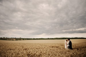 Laura & Ross – Cripps Barn
